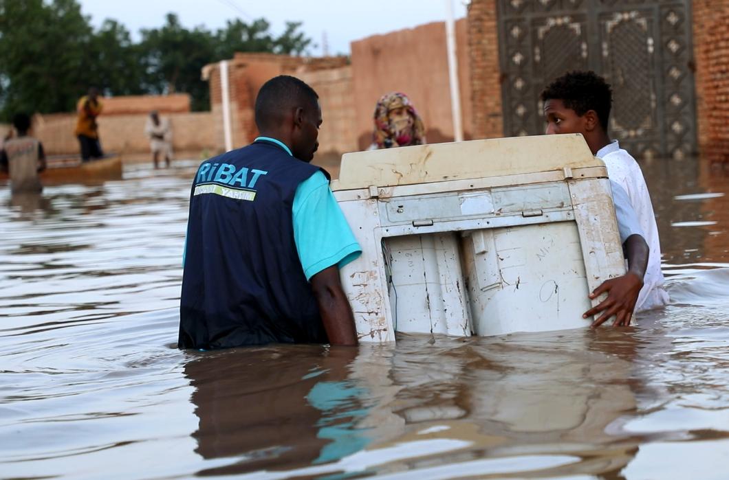 Sudan'da Sel Bölgelerine Kesintisiz Yardım