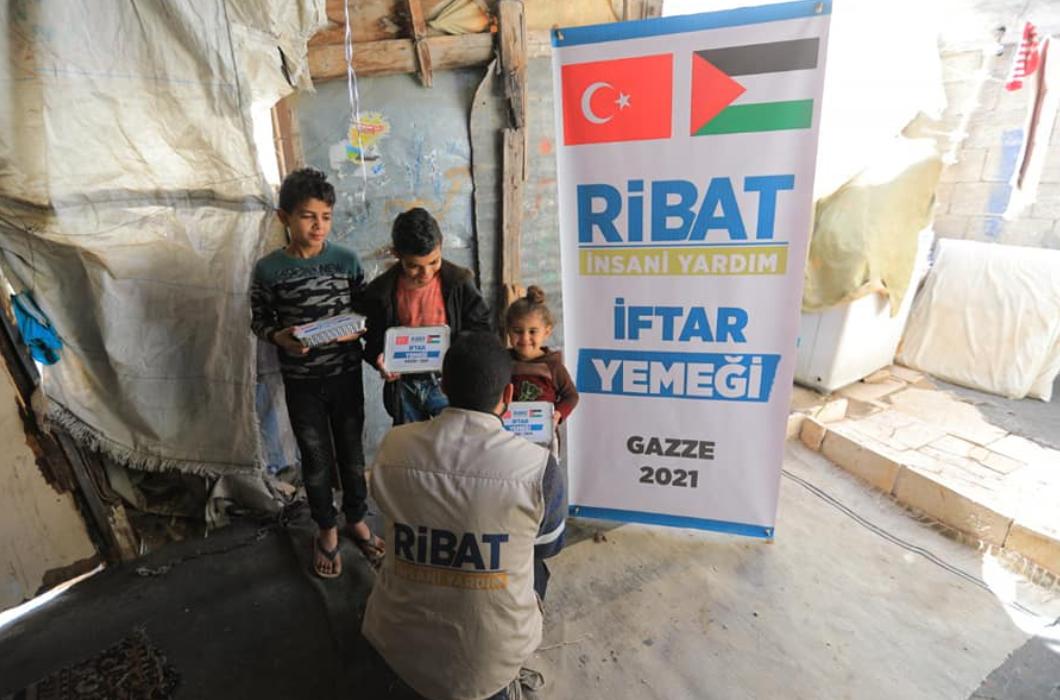 Gazze'de İftar Sevinci Yaşatmaya Devam Ediyoruz