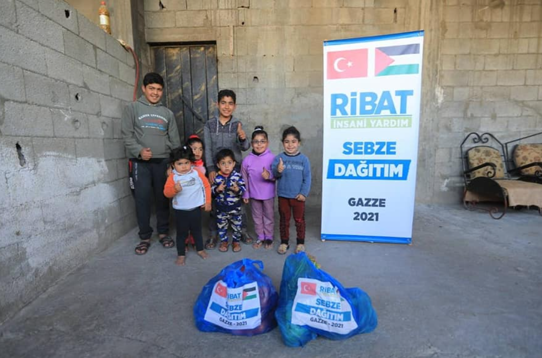Gazze'de Sebze Yardımlarımız